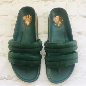 Charlotte Stone NWOT Slide Sandals Sz 10